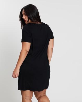 Atmos&Here Curvy Liza Tee Dress Dresses Black
