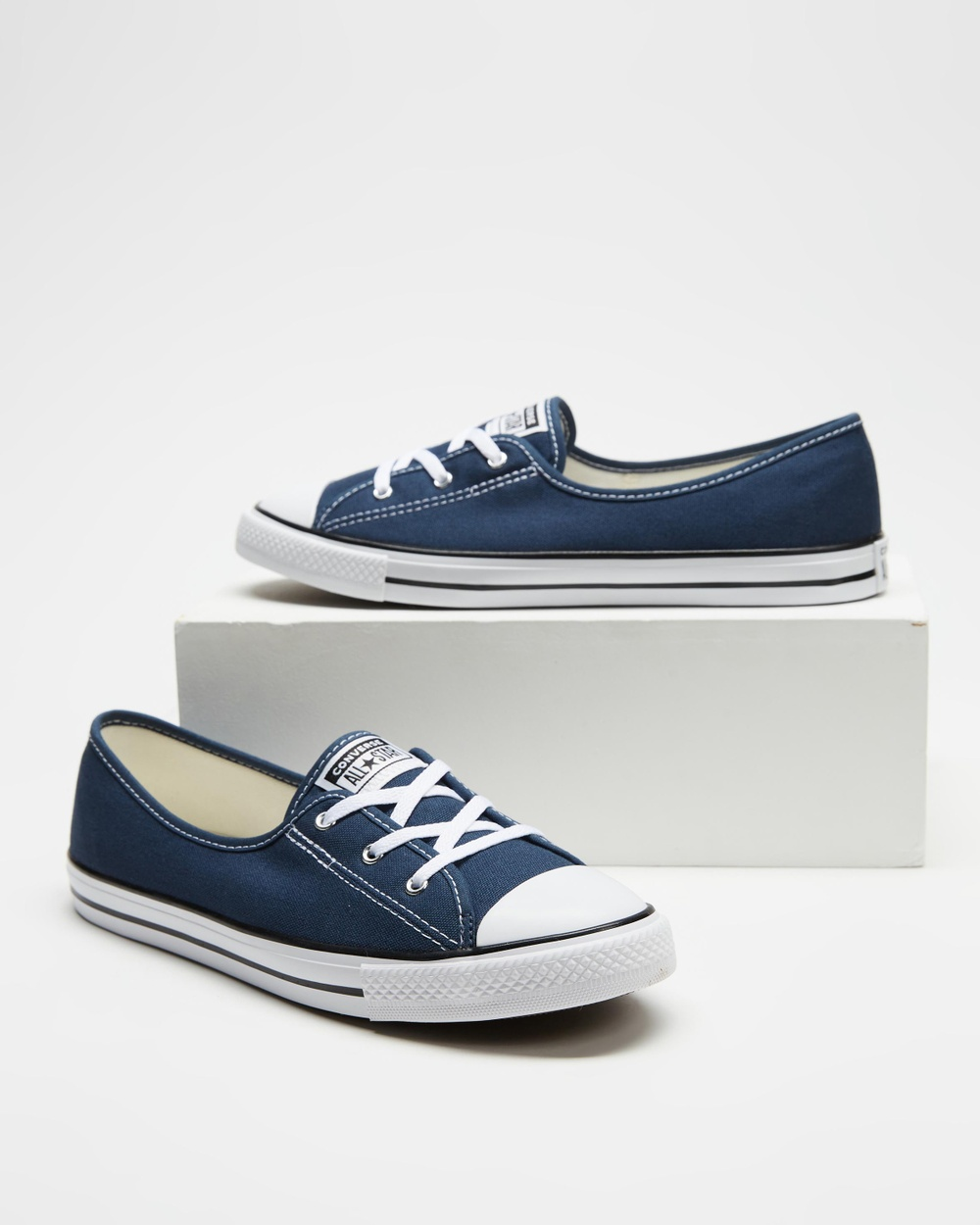 Converse Chuck Taylor All Star Ballet Lace Women's Slip-On Sneakers Navy, White & Black