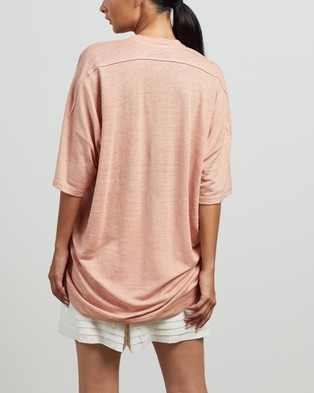 Andrea & Joen Martine Oversized Tee - T-Shirts & Singlets (Peach)