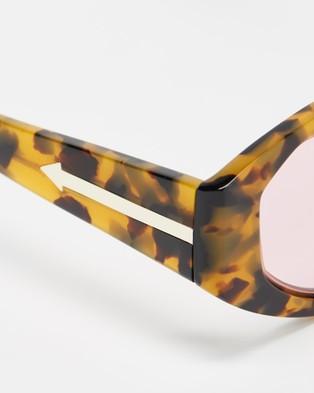 Karen Walker Castaway - Sunglasses (Crazy Tort)