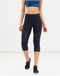 Running Bare - High-Rise Trend Edit 3/4 Tights