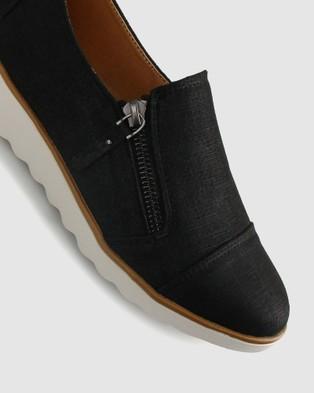 Zeroe Ardent Side Zip Shoes - Casual Shoes (Black)
