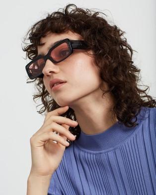 AKILA - Verve 2.0 Sunglasses (Transparent Black & Rode)