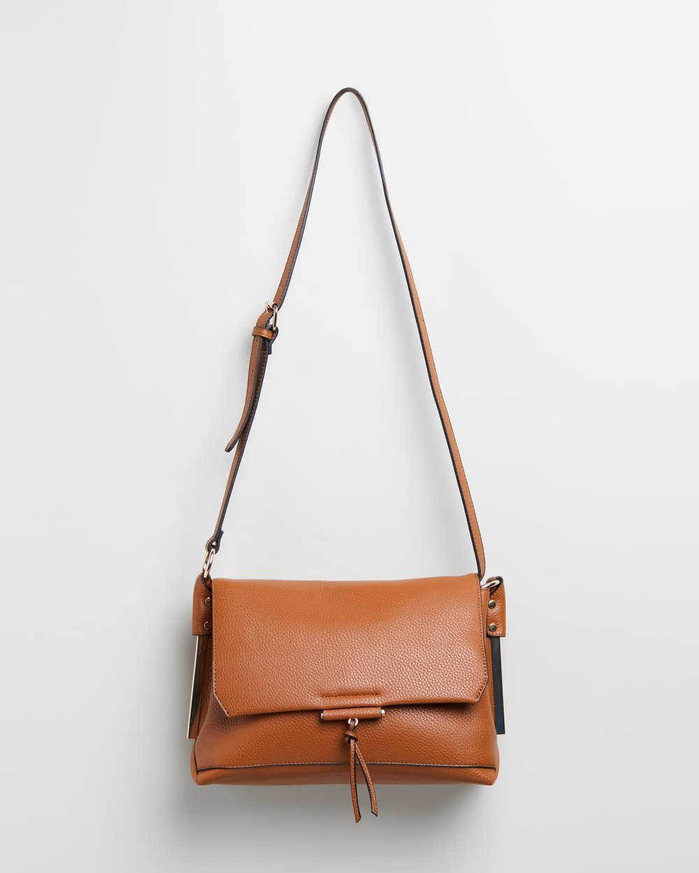 Metal Side Cross-Body Bag by Dorothy Perkins Online  116e5c4ad371d