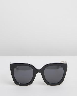 Gucci GG0564S0 - Sunglasses (Black)