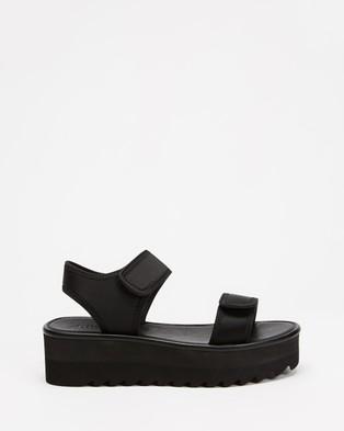 TWOOBS Platform Sandals - Sandals (Black)