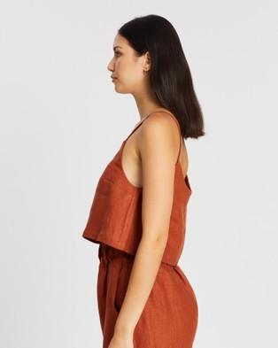 BONDI BORN - Flared Cami Top Cropped tops (Rust)