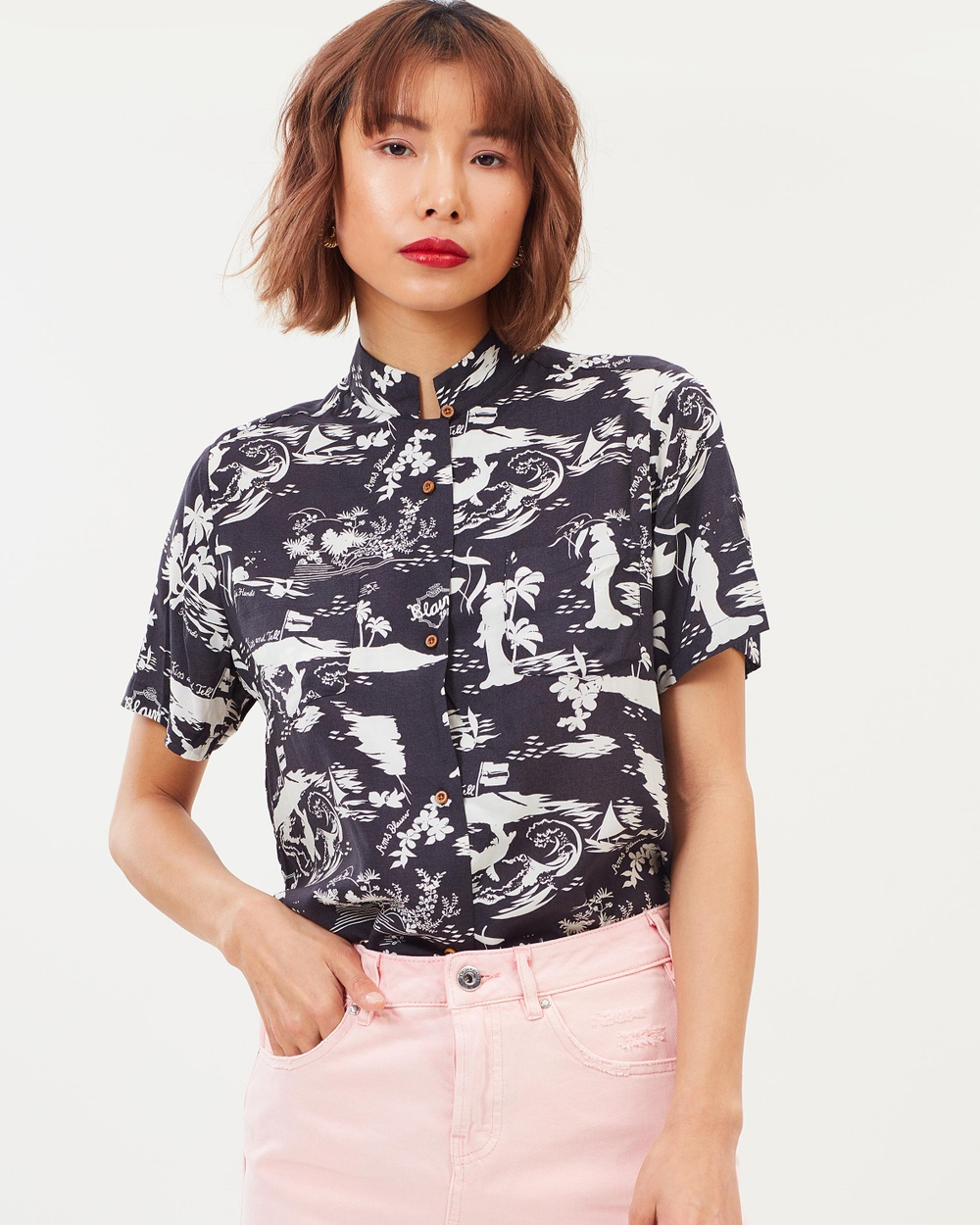 Maison Scotch Tropical Souvenir Shirt Tops Black & White Tropical Print Tropical Souvenir Shirt
