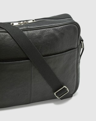 Oxford Joyce Leather Messenger Bag - Bags (Black)
