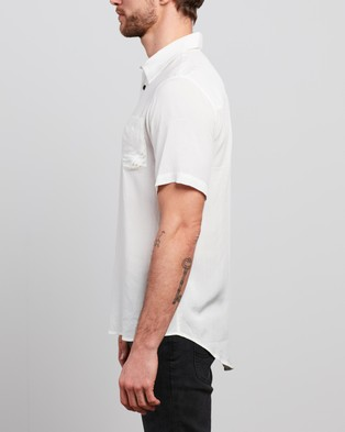 The People Vs. Stevie Shirt - Casual shirts (White)