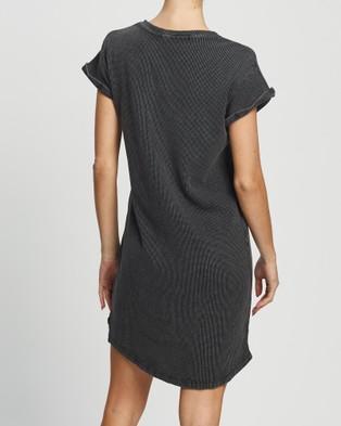 Silent Theory Waffle Tee Dress - Dresses (WASHED BLACK)
