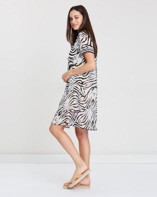 Privilege Relaxed Rib Detail Shirt Dress - Printed Dresses (Zebra)
