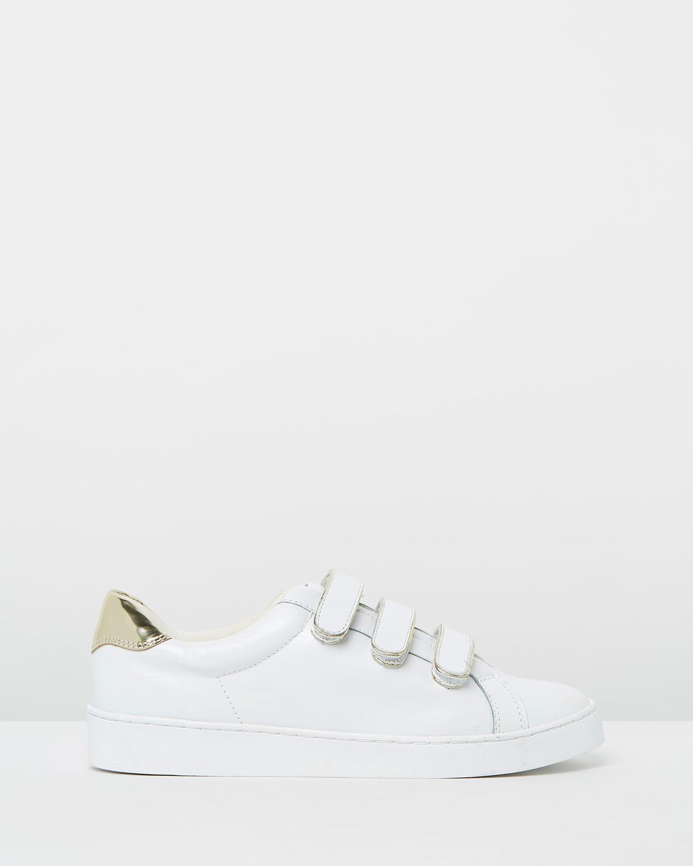 91e159a9cffd Bobbi Casual Sneakers by Vionic Online