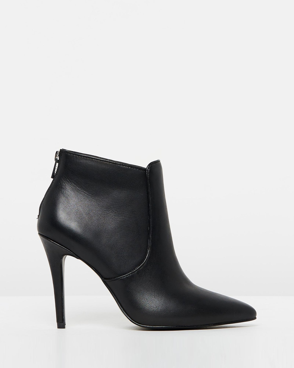 IRIS Footwear Dakota Heels Black Dakota