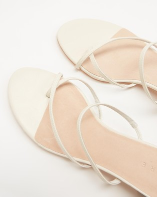 AERE Crossover Toe Post Leather Heels - Sandals (Cream Leather)