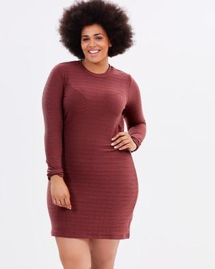 Atmos & Here Curvy – Allegra Body Con Mini Dress Washed Burgundy