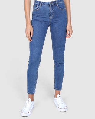 BY.DYLN Carson Jeans - Mom Jeans (Dark Blue)