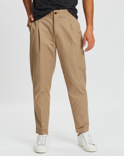 Seasonal Fit Chic Pleated Chinos