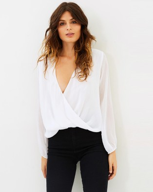 Museum – Whisper Top White