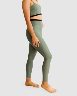 BAYTHE Movement 7 8 High Waisted Legging - Compression Bottoms (khaki)