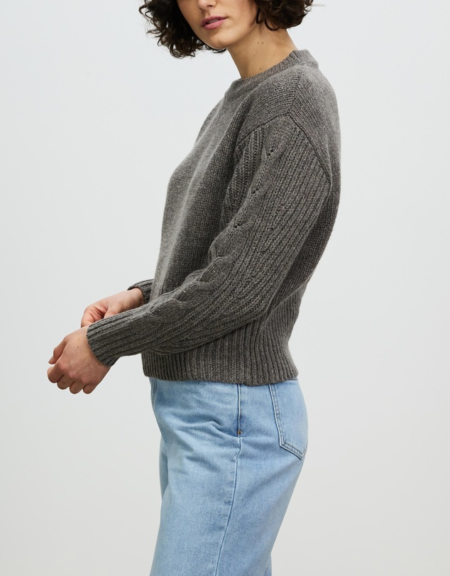 Women Banff Knit
