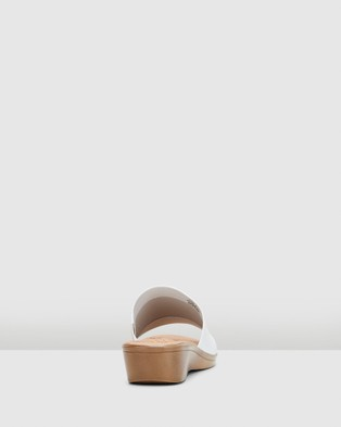 Hush Puppies Coco - Sandals (White)