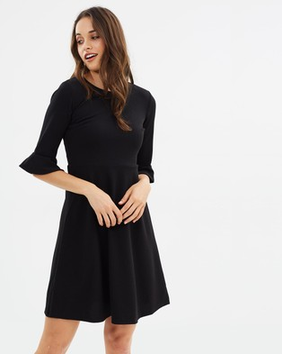 Dorothy Perkins – Flute Sleeve Fit and Flare Dress Black