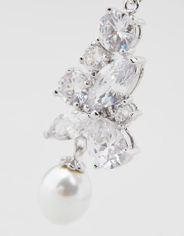 Women Madame Regalia Pearl earrings
