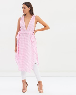Lioness – Under The Sun Top Baby Pink Gingham
