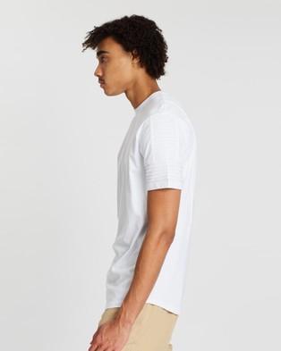 Nana Judy Maverick Tee - T-Shirts & Singlets (White)