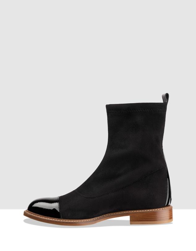Women Quattro Flat Ankle Boots