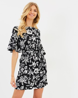 Atmos & Here – Lara Ruffle Dress