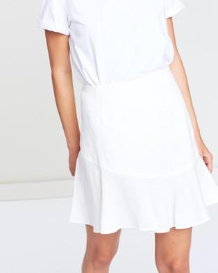 FRIEND of AUDREY Nico Linen Mini Skirt - Skirts (White)
