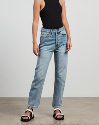 CAMILLA AND MARC - Betty Jeans