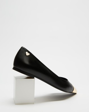 LOVE MOSCHINO Toe Cap Ballerina Flats - Ballet Flats (Black)
