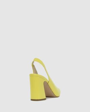 Kennedy Sheepish - Sandals (Yellow)