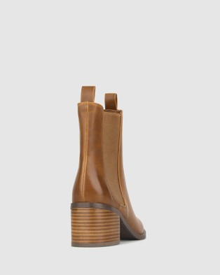 Betts Luxe Block Heeled Chelsea Boots - Boots (Tan)