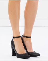 SPURR - Illiana Block Heel Pumps