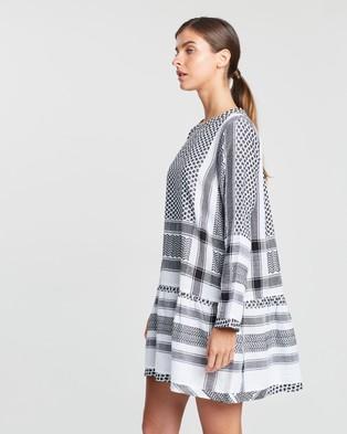 Cecilie Copenhagen Dress 2, O, Long Sleeves - Dresses (Black & White)