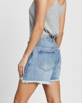 All About Eve Quinn Denim Shorts - Shorts (SKY BLUE)