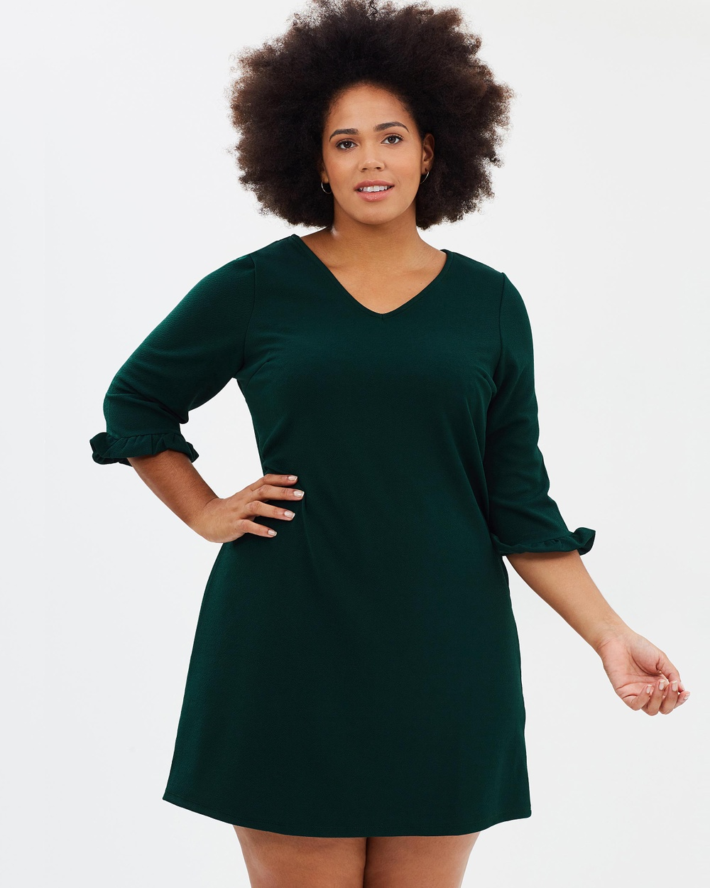 Photo of DP Curve DP Curve V Neck Frill Tunic Dresses Green V-Neck Frill Tunic - Expanding and exploring the Dorothy Perkins brand, DP Curve was launched to cater for fuller figures and women of all shapes and sizes. With an expert approach to flattering cuts and understanding the importance of quality fabrics and craftsmanship, DP Curve offers a range of classic silhouettes with a fashion-forward spin that strike the balance between timeless and of-the-moment. Ea