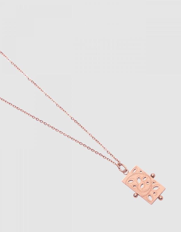 Women Leda Necklace