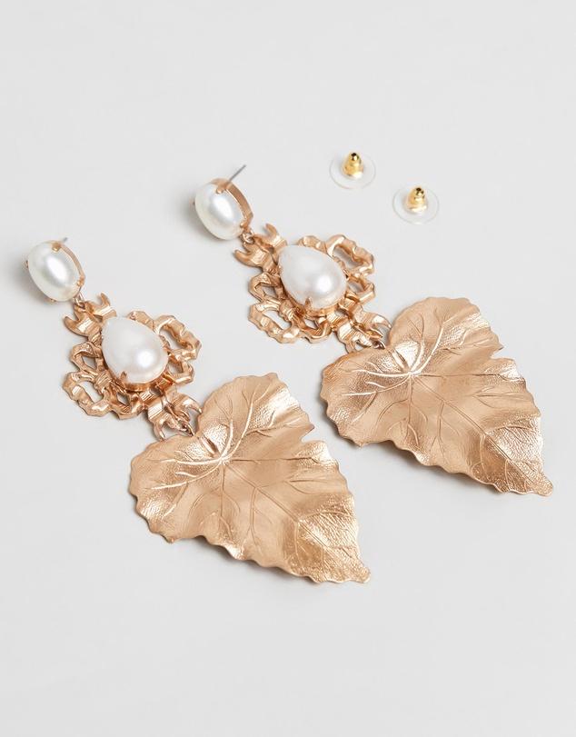 Women Golden Eve Earrings