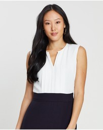 David Lawrence - Sleeveless Front Pleat Detail Dress