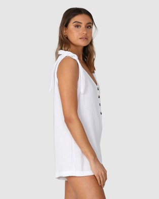 Lost in Lunar  Mimi Playsuit - Jumpsuits & Playsuits (White)