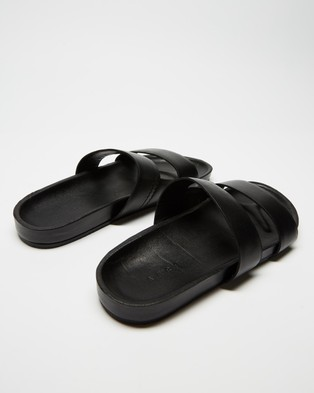 AERE Mojave Leather Slides - Casual Shoes (Black)