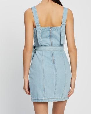 Missguided Zip Up Denim Dress with Belt Bag - Dresses (Blue)