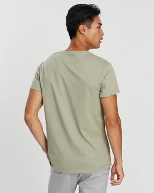 Kent and Curwen Rose Printed T Shirt - T-Shirts & Singlets (Green)