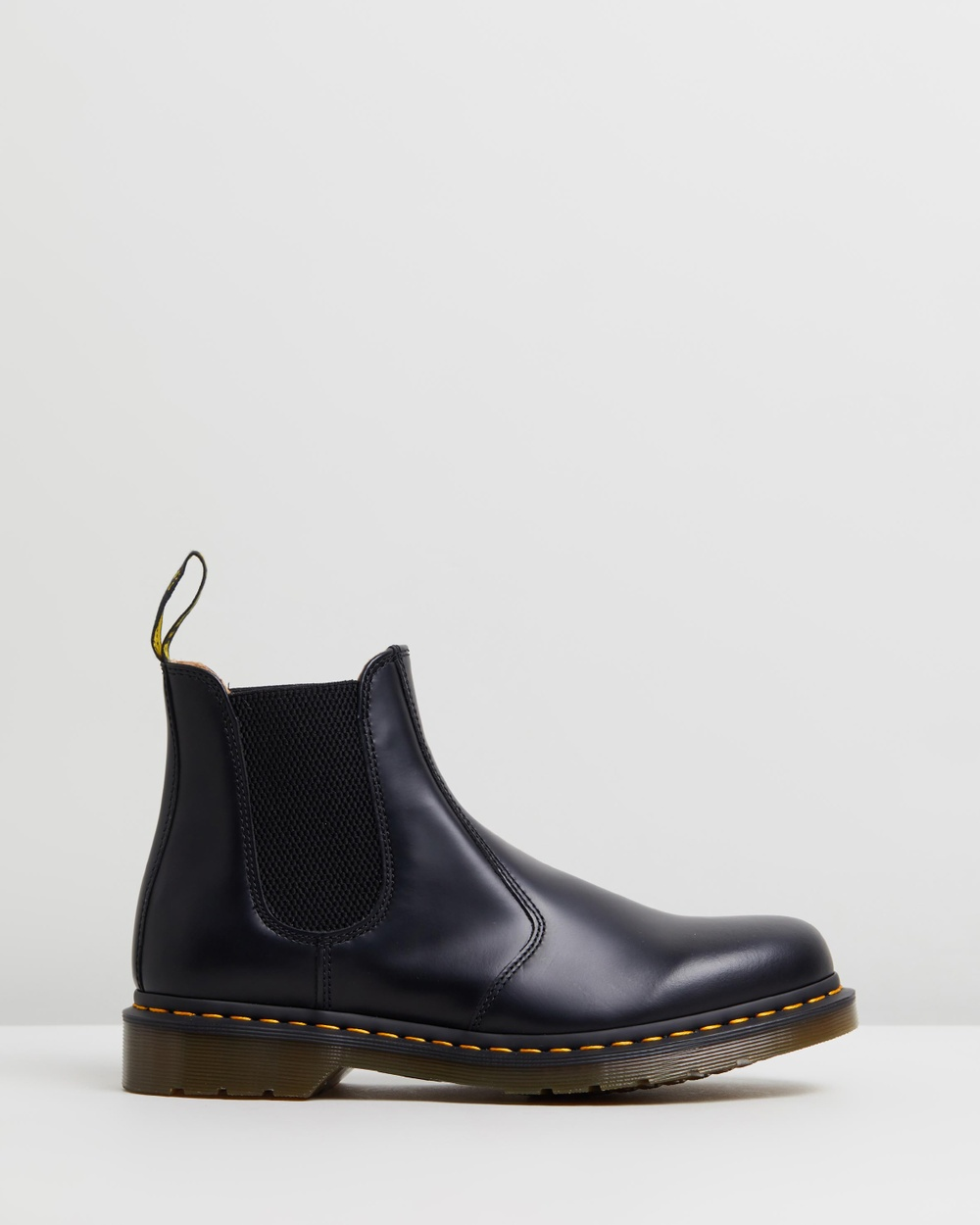Dr Martens Unisex 2976 Smooth Chelsea Boots Black Smooth