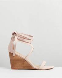 SPURR - Carin Wedges